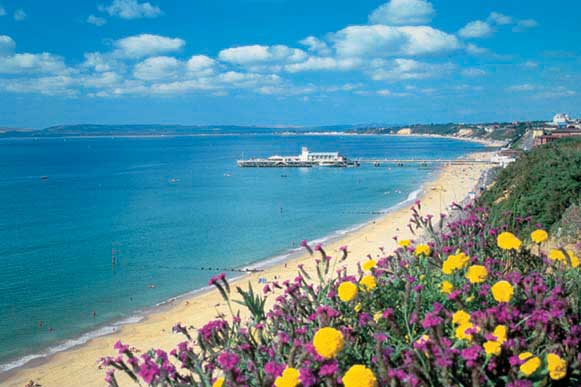 10 places to Explore near Bournemouth